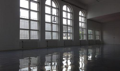 Flooded_room